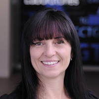 Photo of Dr Liz McMinn